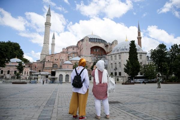 بعد قرار المحكمة.. أردوغان يوقع مرسوما يحول آيا صوفيا إلى مسجد