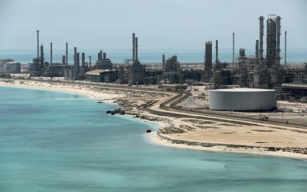 إيكونومست: نهاية عصر النفط في العالم العربي باتت وشيكة