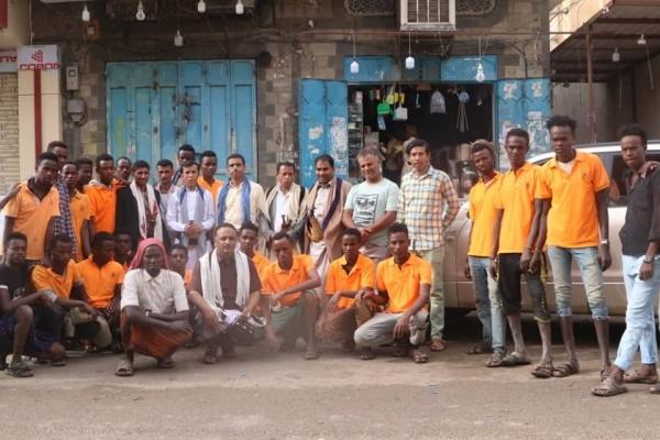 صندوق النظافة والتحسين بمأرب يدشن حملة نظافة واسعة.. ويكرم عماله