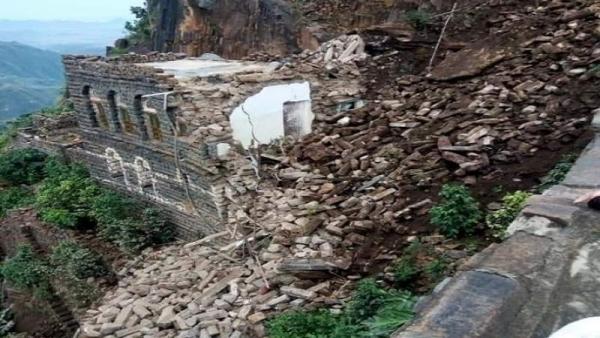 وفاة 10 مواطنين إثر تهدم منازل جراء الأمطار الغزيرة في اليمن