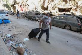 آلاف الجرحى ومئات آلاف المشردين.. طوارئ لأسبوعين في بيروت ومسؤولون تحت الإقامة الجبرية