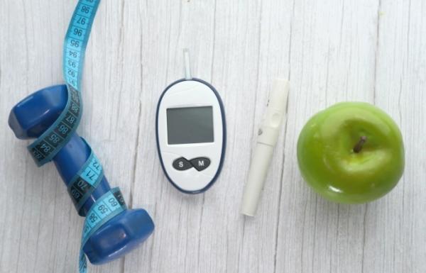 3 أسرار لخفض سكر الدم التراكمي دون أدوية