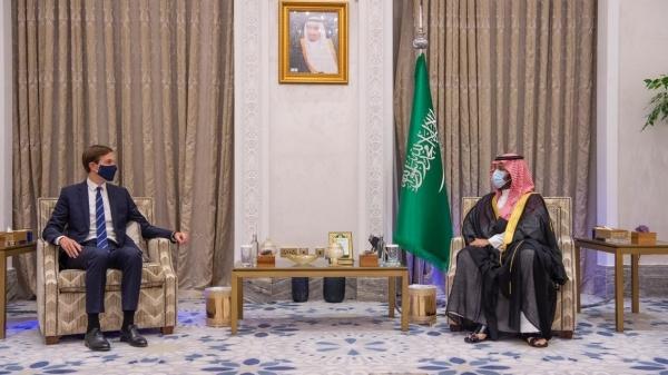 صحيفة إسرائيلية: السعودية دفعت بشركائها الخليجيين للتطبيع مع إسرائيل أولاً لقياس رد الفعل (ترجمة خاصة)