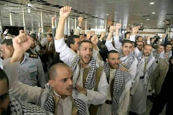 الحكومة والحوثي يتفقان على تبادل نحو 1000 أسير