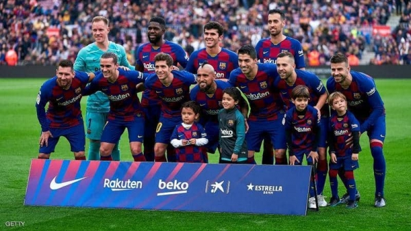 قصة المليونين.. كواليس فشل ضم برشلونة مدافع المان سيتي