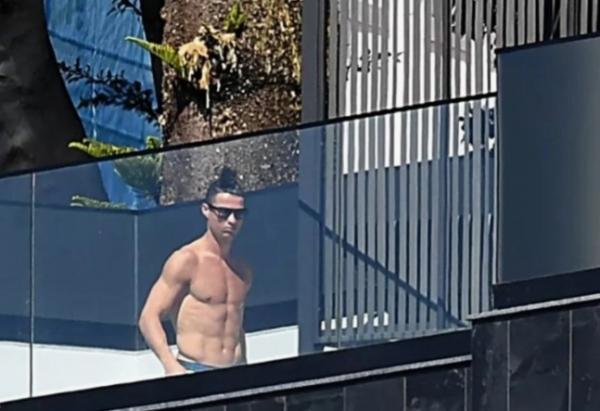 سرقة منزل رونالدو بالبرتغال أثناء مشاركته بالمباراة الودية أمام إسبانيا