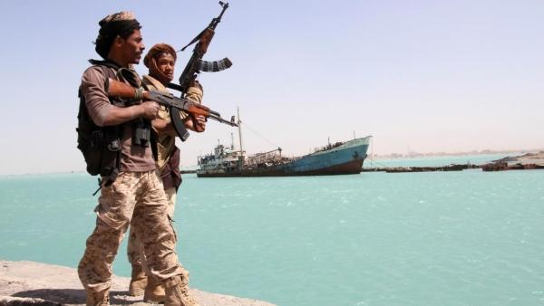 صحيفة لندنية: الساحل الغربي بات خارج سيطرة اليمنيين وموطناً لمخابرات إقليمية ودولية