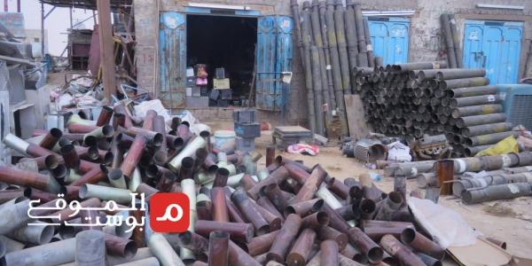 قصة نجاح في زمن الحرب.. شاب يمني يحول مخلفات الحرب إلى أداة سلام (تقرير)