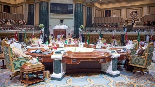 """نظرة متفائلة.. كيف ألقت أنباء """"المصالحة الخليجية"""" بظلالها على حرب اليمن؟! (تقرير)"""