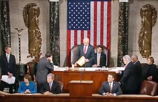 الكونغرس يجتمع اليوم للتصديق على فوز بايدن وأنصار ترامب يحشدون للتظاهر رفضا لنتائج الانتخابات