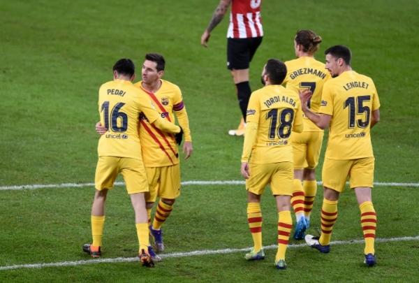 الدوري الإسباني.. سلاح جديد لبرشلونة وعاصفة تهدد مباراة ريال مدريد