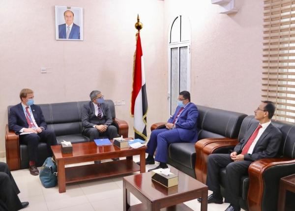 وزير الخارجية يدعو مكتب الأوتشا الأممي إلى توسيع نشاطه بالمحافظات اليمنية