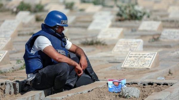 عقد على ثورة اليمن.. ضريبة الصحافيين من دم وخوف