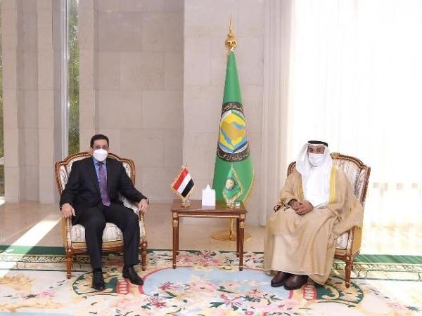 حراك جديد للدبلوماسية اليمنية.. بن مبارك يبدأ اليوم من أبوظبي جولة تشمل جميع عواصم دول الخليج