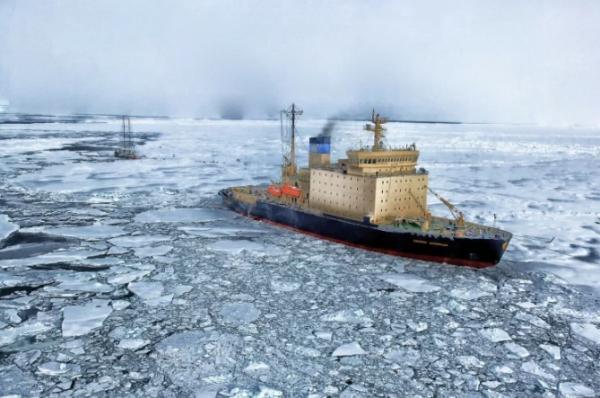تجنبا لتباطؤ جديد في قناة السويس.. الصين تتطلع لشق طريق للقطب الشمالي