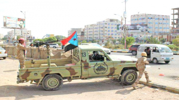 عدن.. إصابة أربعة بينهم جنديان في هجوم لمسلحين استهدف مقر شرطة