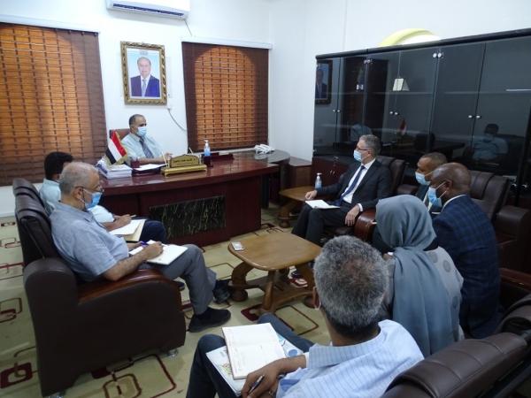 وزير الصحة يدعو منظمة اليونيسف لتوسيع نشاطها في اليمن