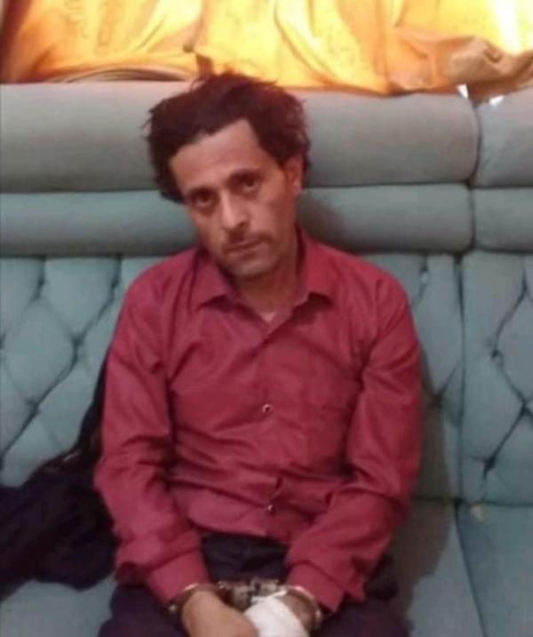 أمن المهرة يلقي القبض على المتهم بقتل زوجته بعد هروبه من تعز