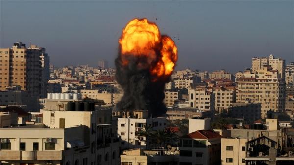 """أحال عيدها """"مأتماً"""".. صاروخ إسرائيلي يقتل فرحة عائلة """"الرنتيسي"""" بغزة"""