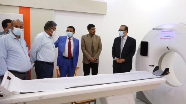 محافظ شبوة يفتتح العمل بمكتب وزارة الصحة بعد تأهليه