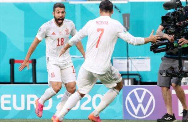 إسبانيا تهزم سويسرا وتبلغ نصف نهائي يورو 2020