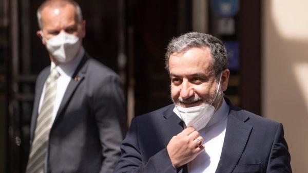إيران تقول إنها في مرحلة انتقالية وعلى مفاوضات فينا انتظار الإدارة الجديدة