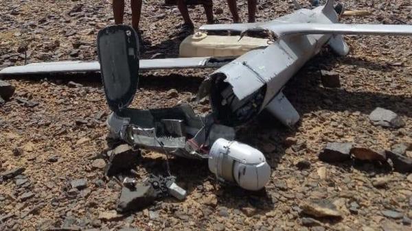 القوات الحكومية تسقط ثاني طائرة للحوثيين في البيضاء