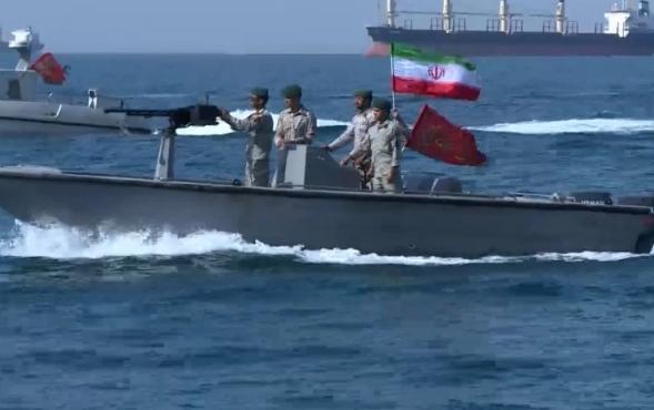 غانتس يهدد بمهاجمة إيران وقائد الحرس الثوري يتوعد برد قاس وواسع