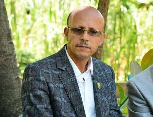 رئيس جامعة إب يتعرض لاعتداء جسدي وسط المدينة