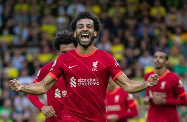 صلاح يقود ليفربول لتحقيق الفوز الأول بالدوري