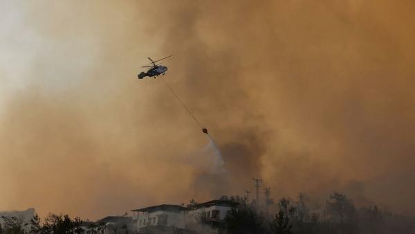 تركيا: تحطم طائرة روسية تشارك في إطفاء الحرائق يؤدي لمقتل ثمانية أشخاص
