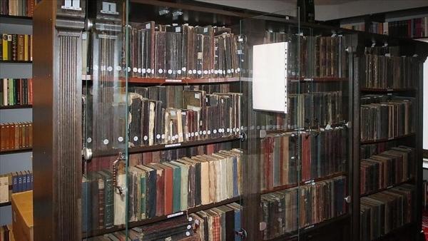 """إنقاذ مكتبة تضم مخطوطات """"ثمينة"""" من حريق بجامعة بغداد"""