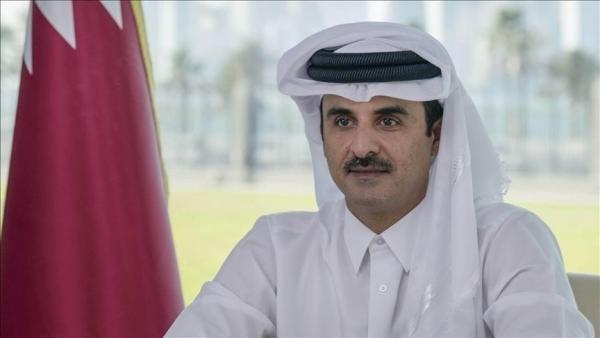 أمير قطر يبحث مع مستشار الأمن الوطني الإماراتي تعزيز التعاون