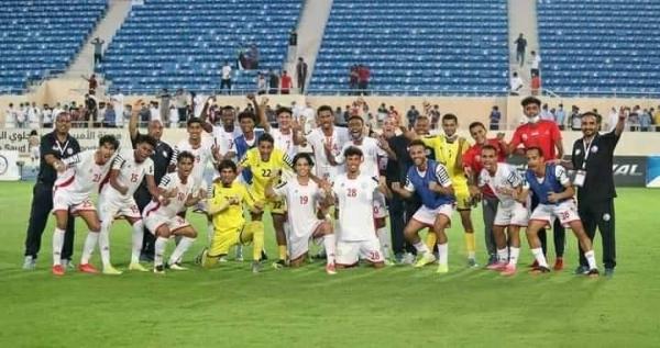 المنتخب اليمني يلعب بعد ساعات مباراته الحاسمة أمام نظيره الأردني