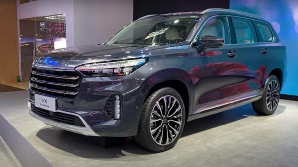 الصين تغزو العالم بإحدى أكثر السيارات تطورا وأناقة