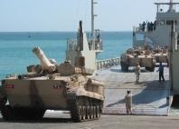 """الجهود الحربية السعودية -الإماراتية في اليمن (الجزء الأول): عملية """"السهم الذهبي"""" في عدن مثالاً"""