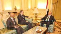 مصادر (للموقع):  ضغط أمريكي للقاء بين الحكومة ووفود الحوثي وصالح في 20 سبتمبر بمسقط