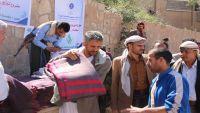 المخلافي يوزع بطانيات الشتاء على الاسرى الحوثيين (صور)