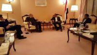 اللواء الأحمر يناقش مع سفير ألمانيا لدى اليمن جرائم الحوثيين والمساعي الجارية لحل الأزمة