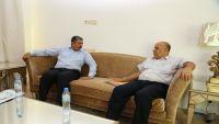بحاح يطلع على خطة عمل وزارة الكهرباء للعام 2016