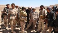 المقدشي يزور معسكر فرضة نهم ويتفقد المقاتلين في الخطوط الأمامية للمعركة
