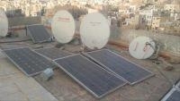 الطاقة الشمسية تنير منازل اليمنيين في الحرب