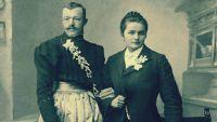 20 صورة «صادمة» عن سكان أمريكا في القرن الـ19: رجال يرتدون الفساتين ونساء بـ«البدلة الرسميّة»