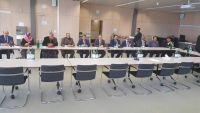 سياسيون وناشطون: تأخر وفد الإنقلابيين استهتار بالمجتمع الدولي