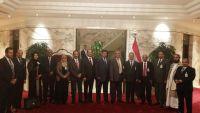 المبعوث الأممي يبدأ جلسة مشاورات مع وفد الحكومة الشرعية بالكويت