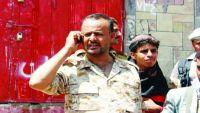 قائد الجبهة الغربية بتعز : ليس أمام الشرعية من خيار سوى دعم الجبهات لتحقيق الحسم العسكري