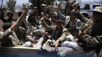 حجة: مليشيا الحوثي تداهم منازل المواطنين بقرية بني نشر وتنهب بعضها وتختطف 10 آخرين بينهم كبار في السن