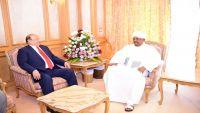 سفير السودان لدى اليمن يجدد دعم بلاده للشرعية اليمنية