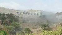 مليشيا الحوثي تحشد تعزيزات إلى النادرة في إب وتجدد قصفها قرى الشعاور بحزم العدين