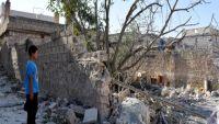"""رغم الجوع والقصف: 300 ألف سوري بحلب يرفضون الخروج خوفاً أن يكون """"الممر الآمن"""" فخاً!.. تعرف على مأساتهم"""